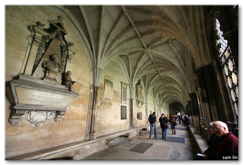 Westminster Abbey hallway